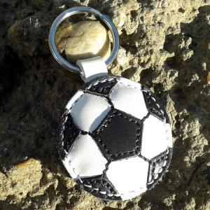Soccer ball keychain - leather - fo..